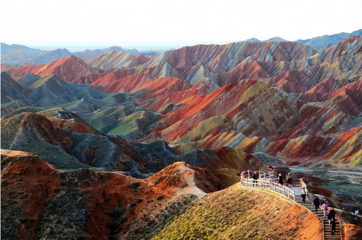 Luoghi surreali: Rainbow mountains of Zhangye Danxia China