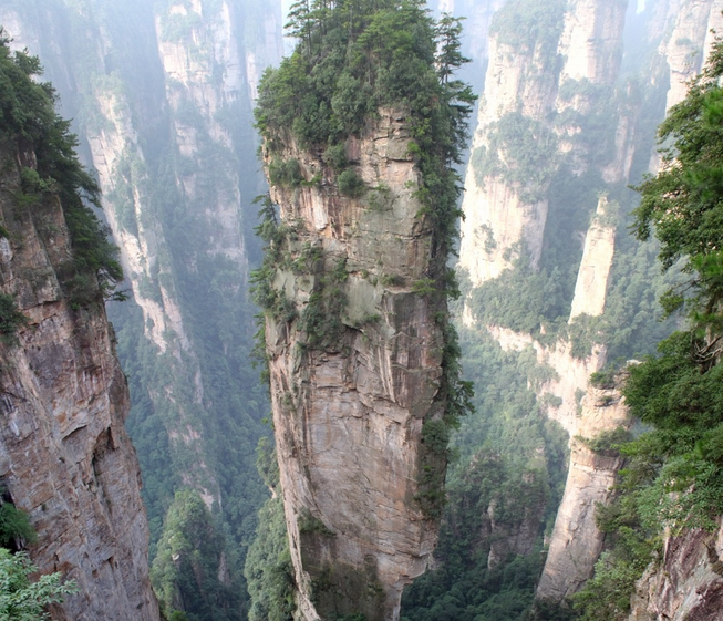 Luoghi surreali: Tianzi Mountains China