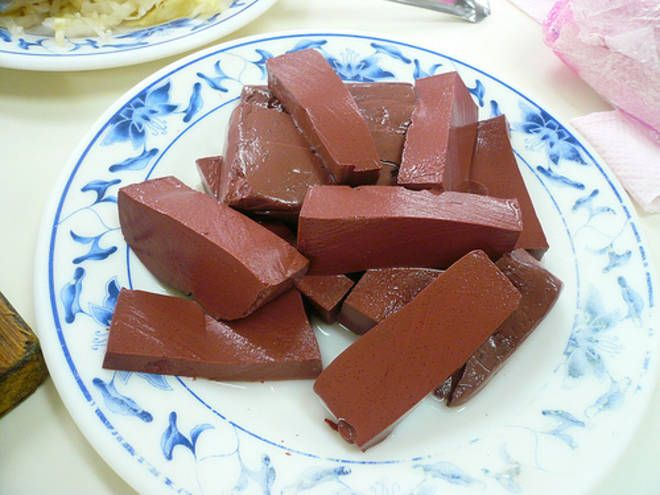 Piatto disgustoso: tofu di sangue